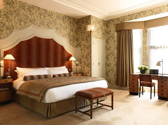 Glamour and Luxury Grand Hotel Interior Design Of Clardge's, London ...