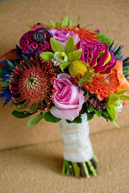 Gorgeous tropical bridal bouquet