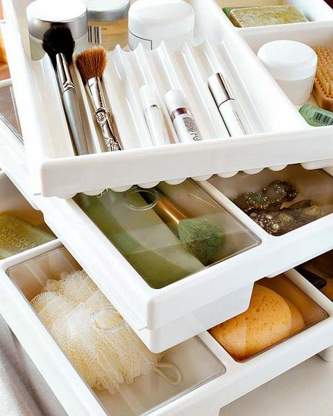 DIY: 25 Tips For Storing Your Makeup