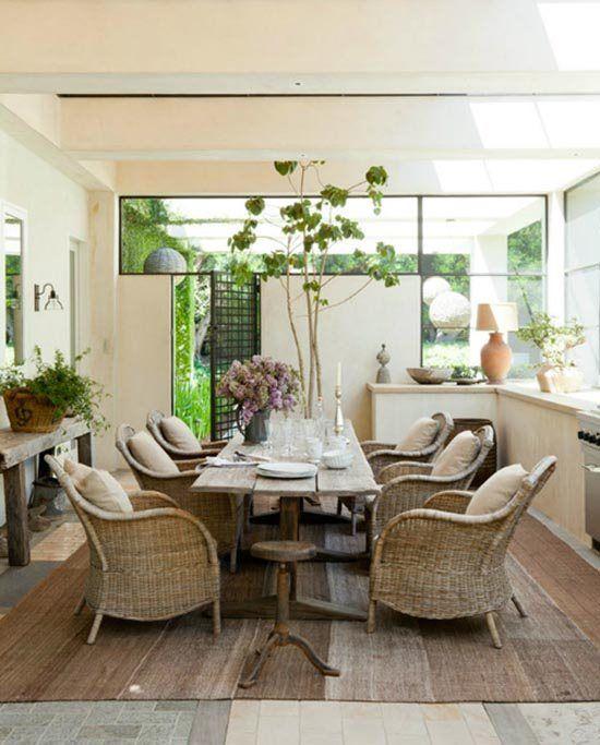 Modern Interior Design: Bring Home the Beach