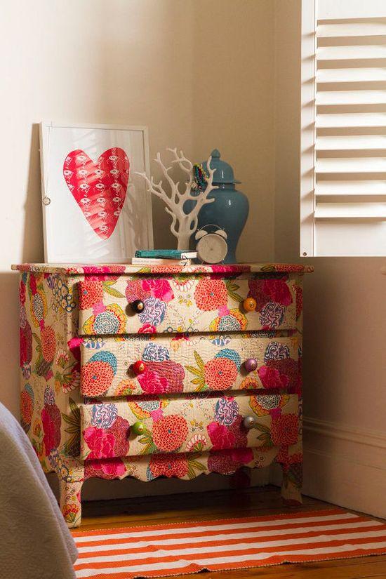 DIY floral dresser! I like this a lot!