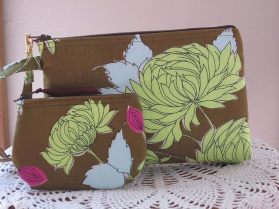 Smart phone Case Gadget Pouch Clutch Wristlet by Antiquebasketlady, $25.50