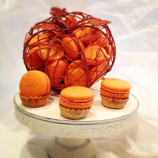 Pumpkin Pie Macaron, our fall pie macaron collection