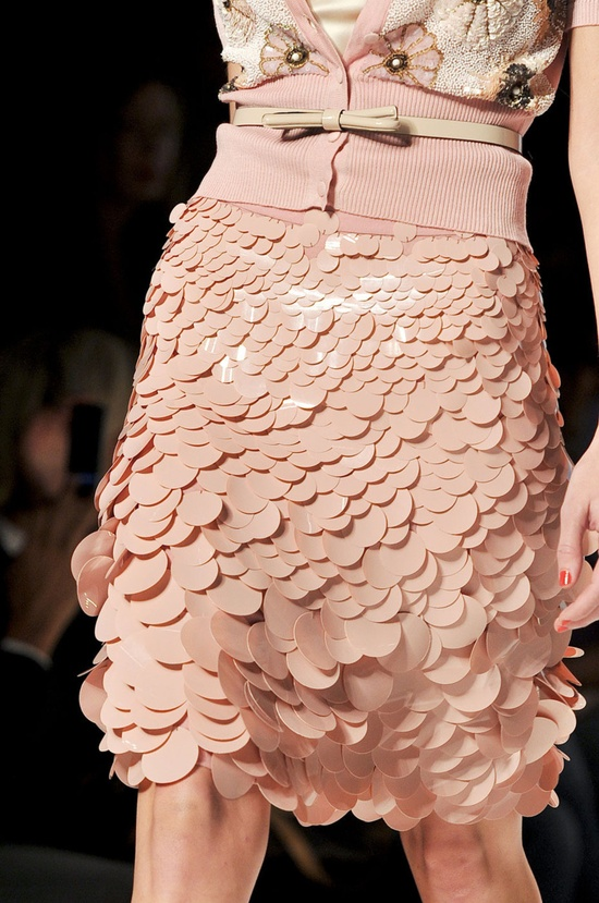 Blugirl  Spring 2012 RTW fashion details