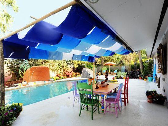 My Yard Goes Disney: Caribbean-style dinning area.