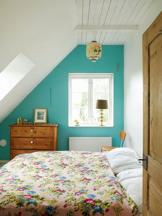 Cottage bedroom, teal wall