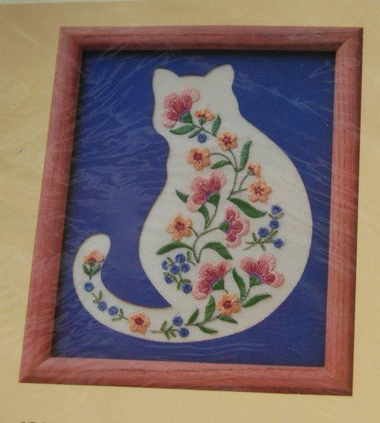 Cat Needle Kit  Creative Circle  Embroidery b