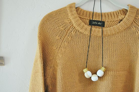 Yesterday's Sweetheart: Do It Yourself >> Statement Necklace