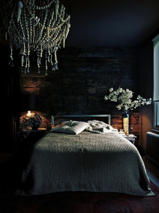 Was hard to decide to republic this in either Dream Home or Photography. Love the room, but also the photograph!