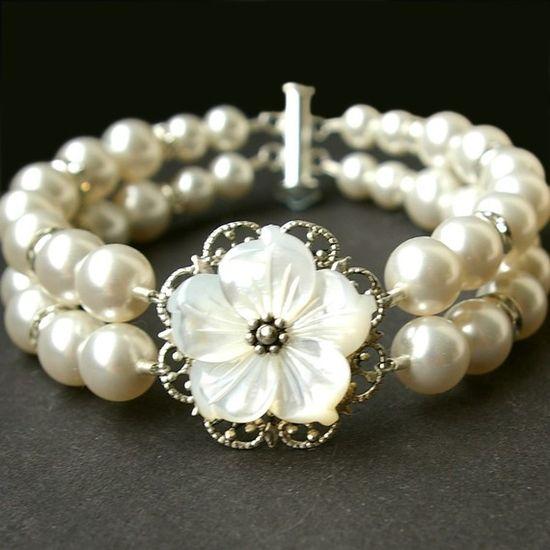 Rhinestone Pearl Bracelet