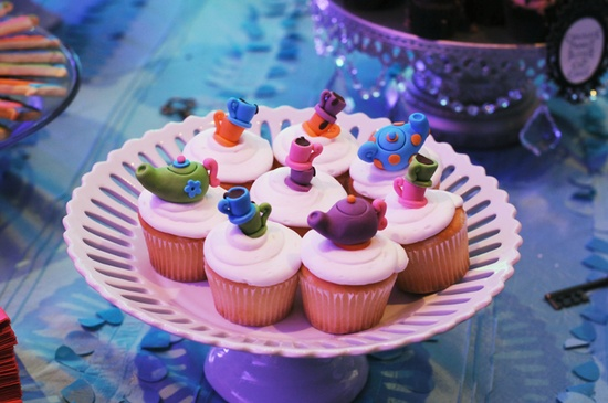 Alice in Wonderland Inspired Dessert Table for Girls Parties