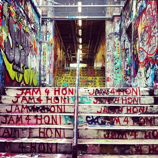 Graffiti Tunnel. Sydney,