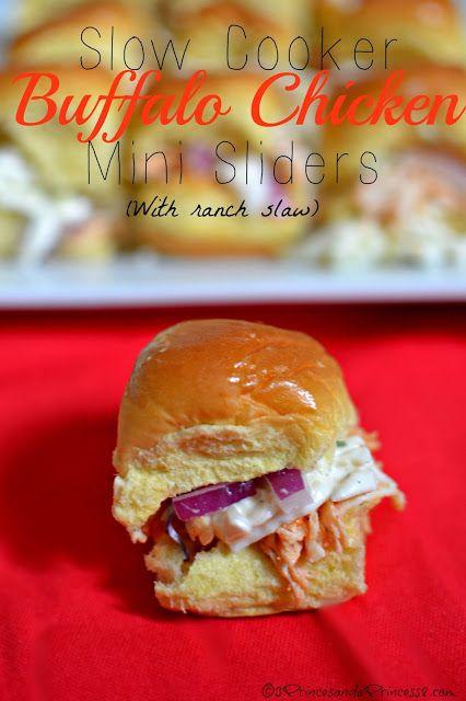 Slow Cooker Buffalo Chicken #Sliders #Recipe
