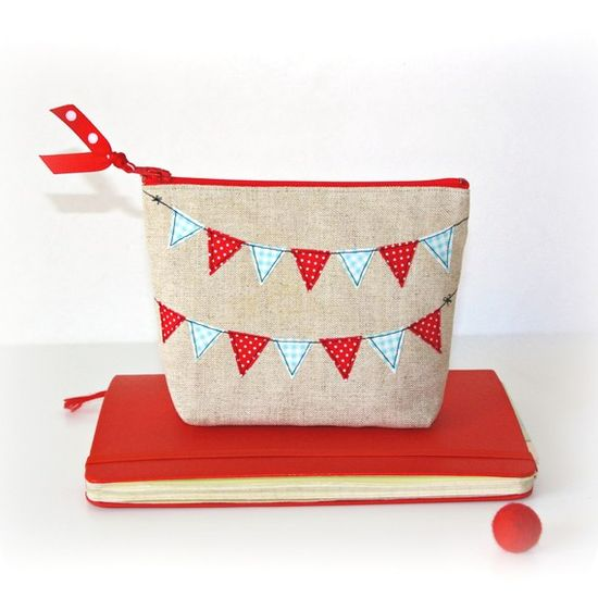 Red and aqua bunting.