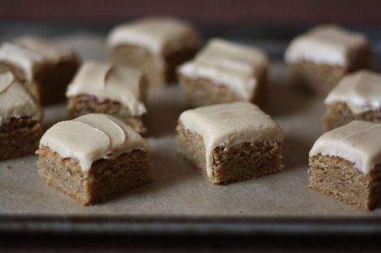 Frosted speculoos cookie butter bars