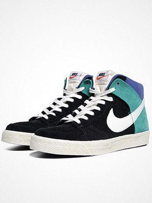 2013.02.26. New Nike Dunk High AC.