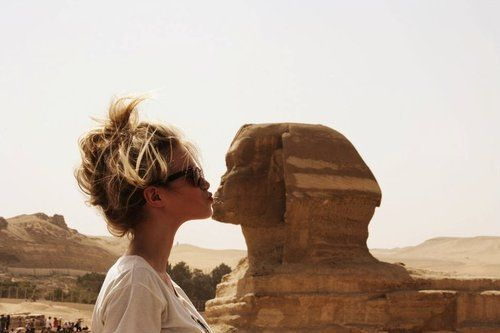 kissing the sphinx - i want to do that