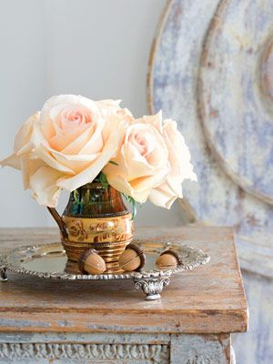 Peach flowers ?