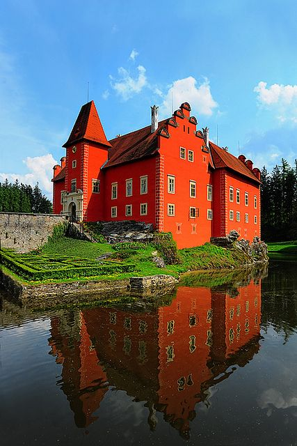 Cervena Lhota Castle in Summer. Czech Republic