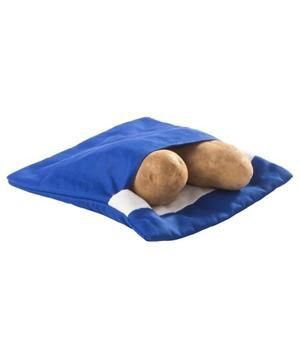 Microwave Bag Cooker: Skip the plastic containers and pop tonight's veggies (potatoes, broccoli, corn, more) into a fabric bag, which keeps moisture inside for even cooking. After using it to cook, toss it in the washing machine for easy cleanup.