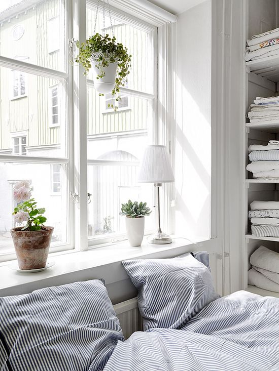 White and full of light bedroom