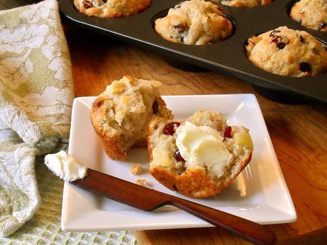apple, cranberry + cheddar muffins