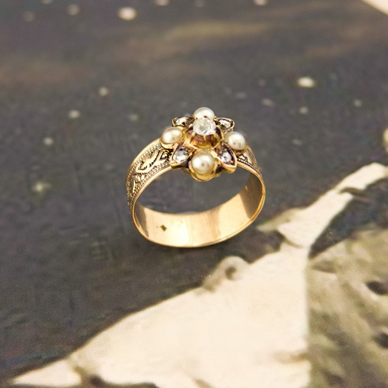 Image of Victorian Antique Gold Diamond & Pearl Ring