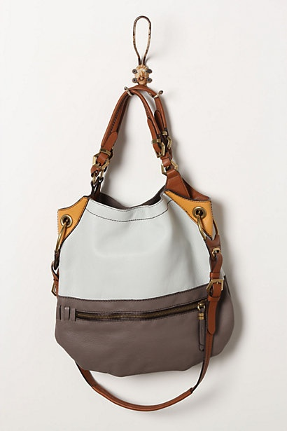 would love to have this bag...