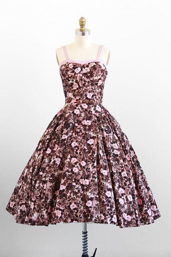 #summer #fashion #floral #dress #1950s #partydress #vintage #frock #retro #sundress #floralprint #petticoat #romantic #feminine