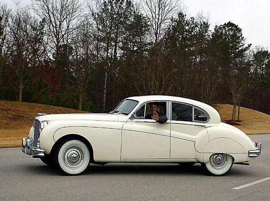 Antique #celebritys sport cars #ferrari vs lamborghini #luxury sports cars #sport cars #customized cars