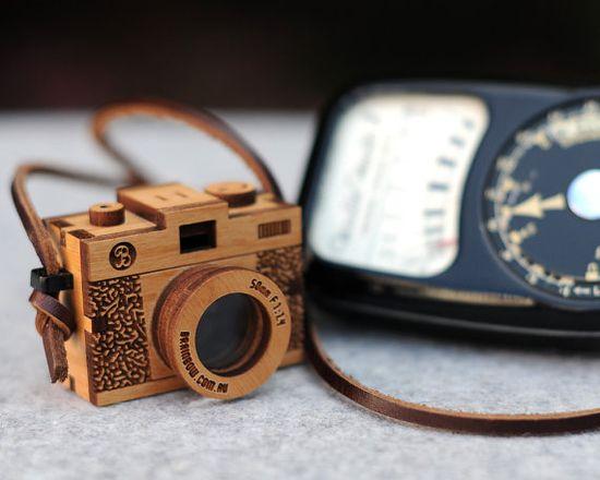 3D Wooden Camera,