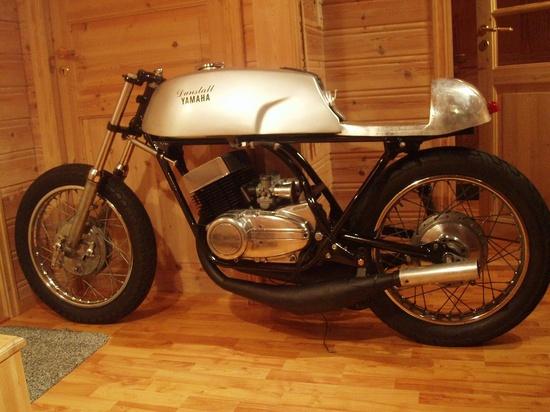 Yamaha YDS7 / RD350 Cafe Racer