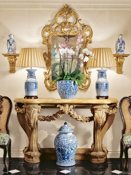 Home design collections blue and white porcelain in for Decorating with blue and white pottery