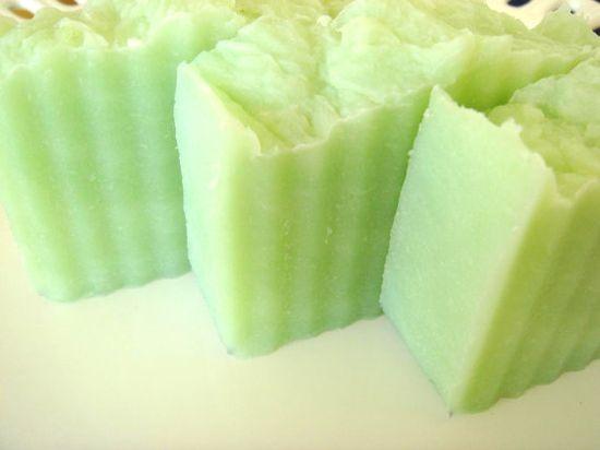 Gardenia Soap..love the color