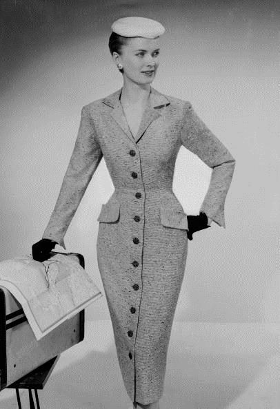 Model sporting a fitted Rosecroft dress with buttons all the way down the front, April 1956. #vintage #1950s #fashion #dresses #hats #gloves