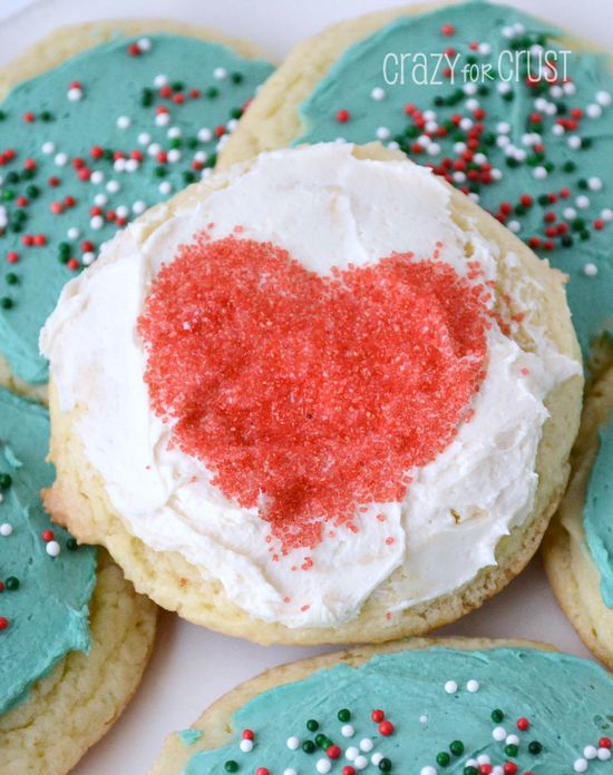 Cake Mix Sugar Cookies by www.crazyforcrust... #cookie #Christmas