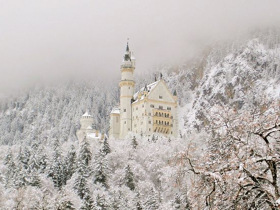 ~ Neuschwanstein Castle , IVE BEEN HERE, the dining table drops down by pulleys into the servents kitchen so they can set it between courses!!!! what a great idea!!!!!!