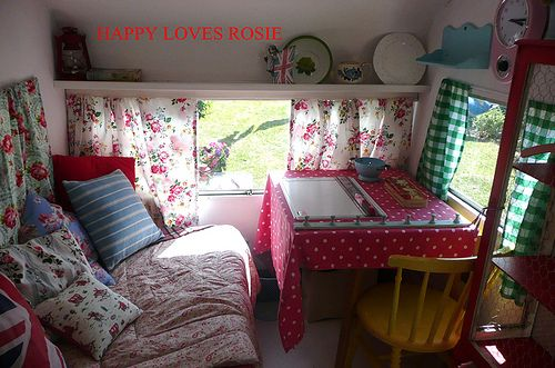 The creating and sleeping nook by HAPPY LOVES ROSIE, via Flickr