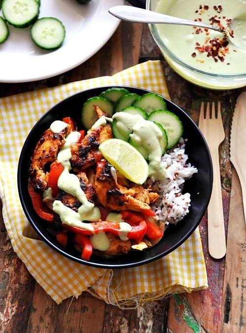 Naked Chicken Fajitas Bowl with Avocado Yogurt Dressing #Healthy #Yummy #Easy #Recipes #RecipeRehab