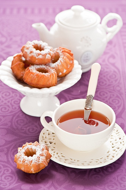 The perfect mid-afternoon pick-me-up: Honey Cakes and Tea. #honey #cake #tea #food #dessert #baking