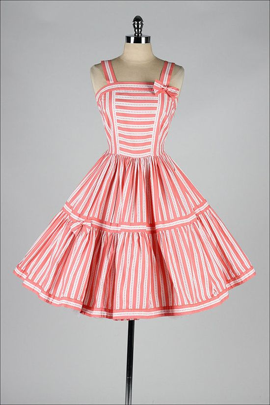 vintage 1950s dress #partydress #vintage #frock #retro #teadress #romantic #feminine #fashion #promdress #petticoat #stripped