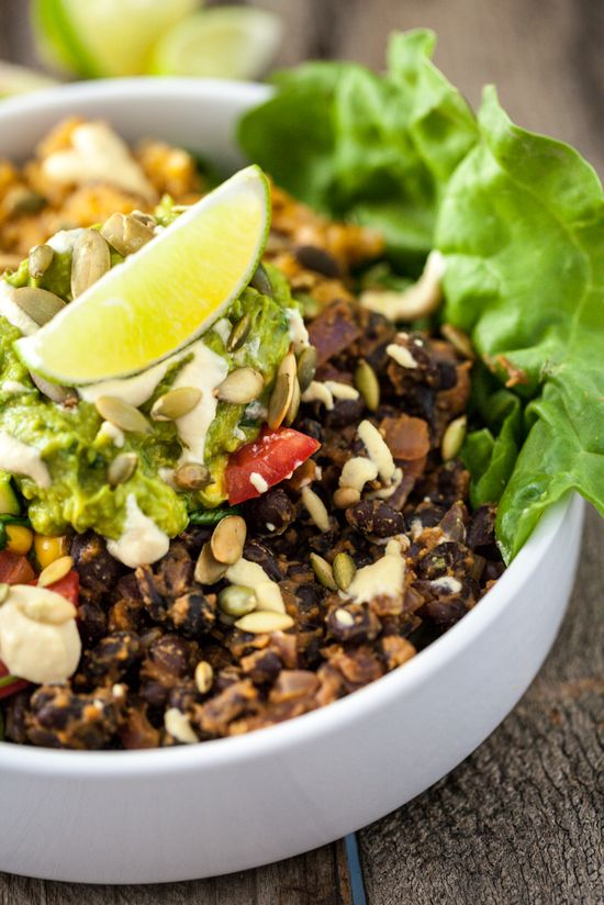 The Mexican Bowl by keepinitkind #Salad #Mexican #Quinoa #Healthy