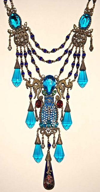Beautiful bohemian necklace!