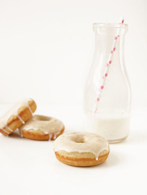 vanilla bean baked donuts