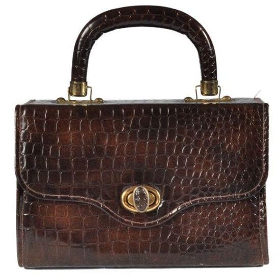 A vintage handbag for fall.