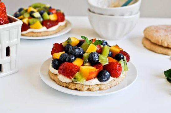 healthy fruit pizza