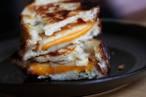 grilled cheddar and apple sandwiches