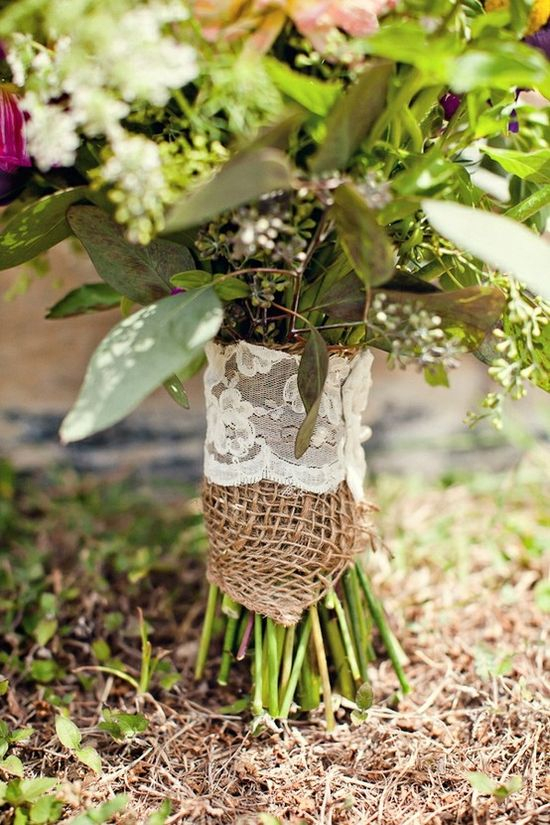 Burlap + lace + pearl = perfection