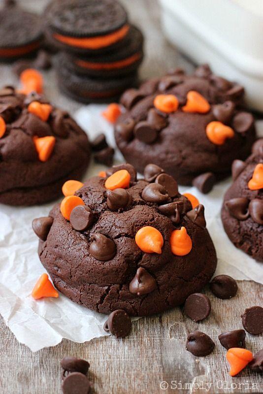 Oreo Stuffed Chocolate Cookies by SimplyGloria.com#Halloween