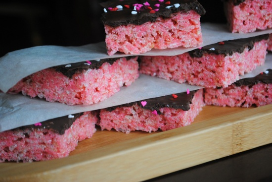 Shugary Sweets: Cherry Krispie Treats with Dark Chocolate